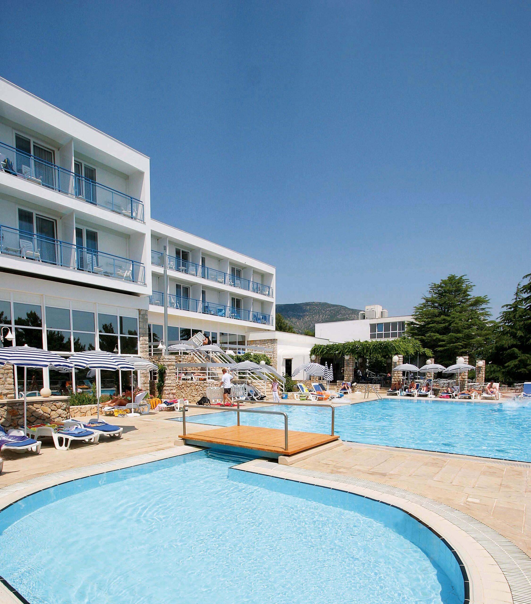 07 Hotel_Borak - Swimming_Pool (9)