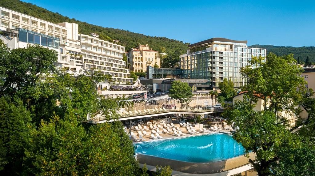 Grand-hotel-Adriatic-Opatija-vanjski-bazen