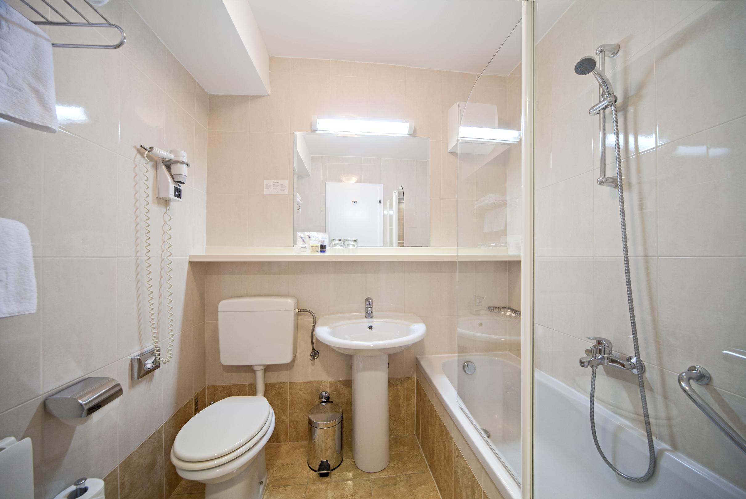 Hotel_Elaphusa - Standard_Double_Room (5)