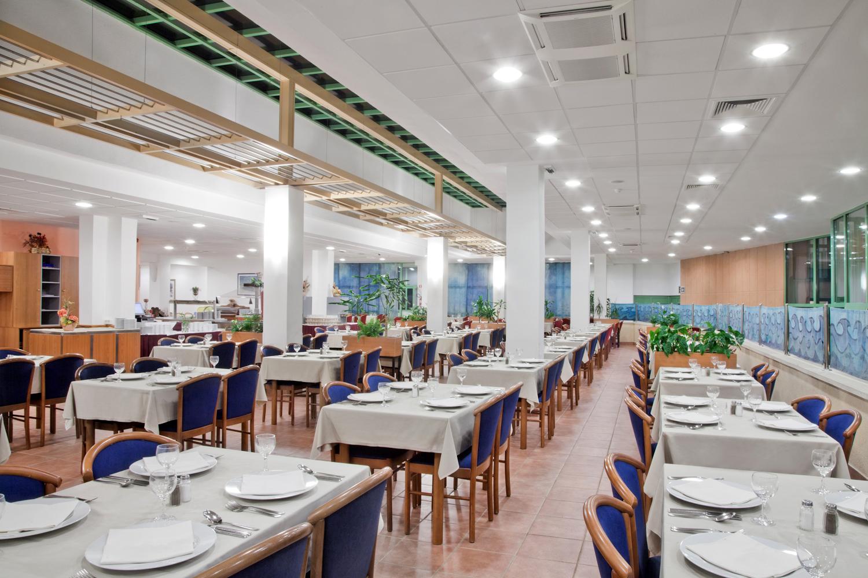 Bluesun Marina_Restaurant (1)