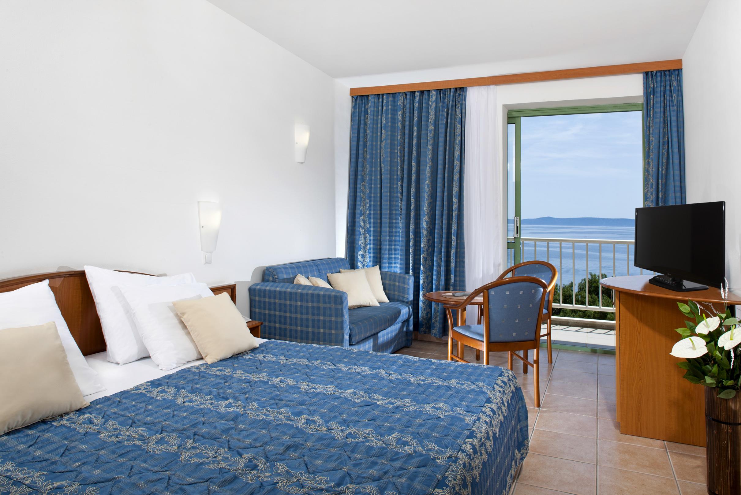 Bluesun Marina_Standard_Double_Room_Sea_Side (1)