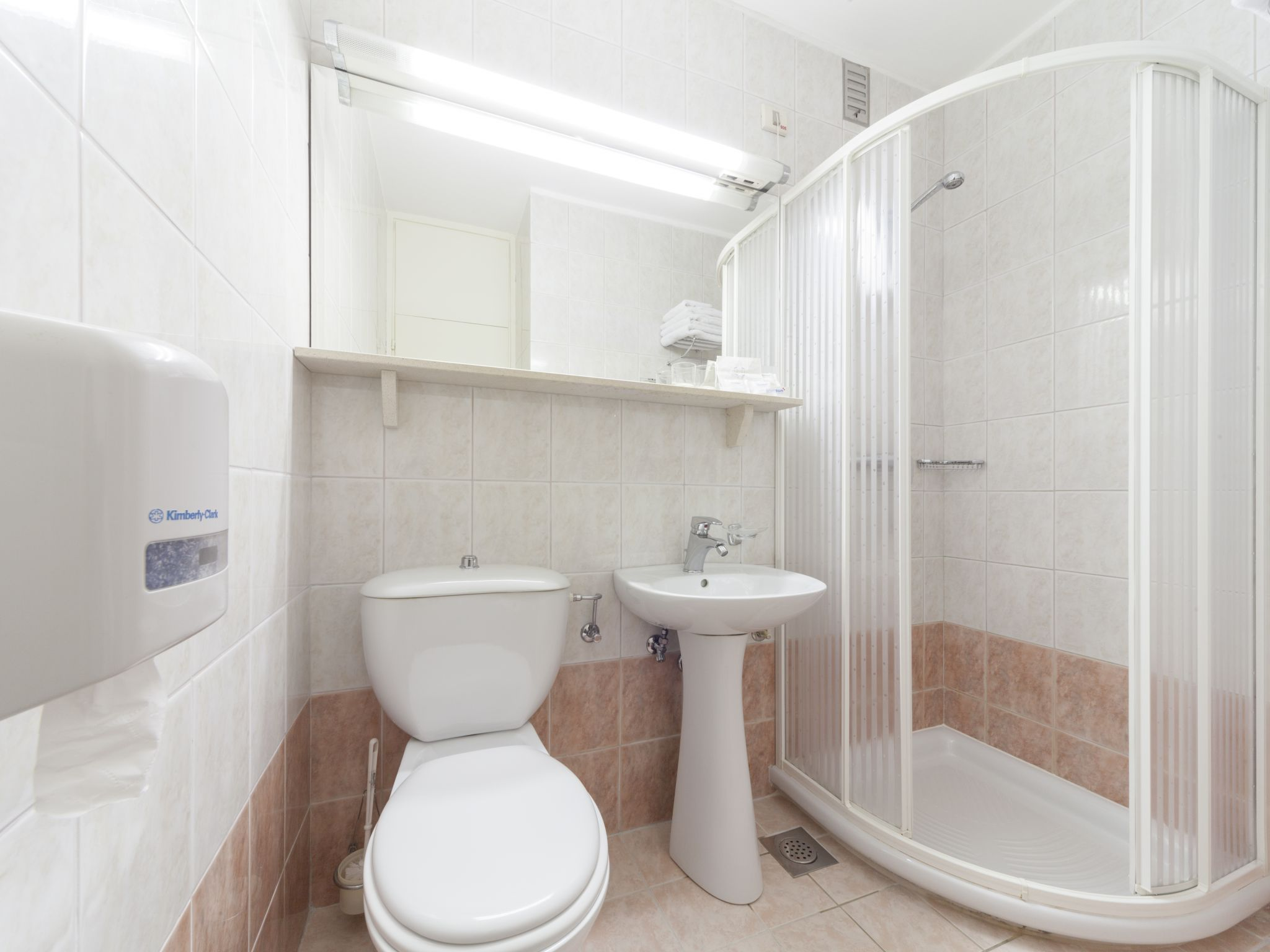 Neptun_bathroom