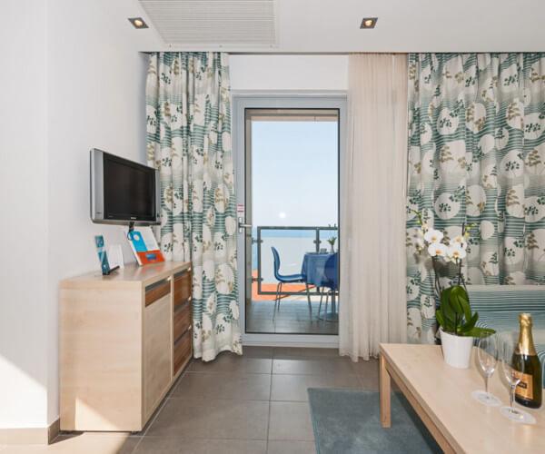 resort-belvedere-apartments-standard-3-04-921